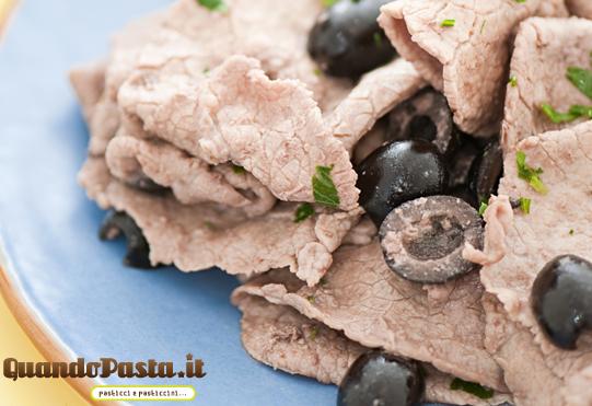 straccetti vitello olive e rucola