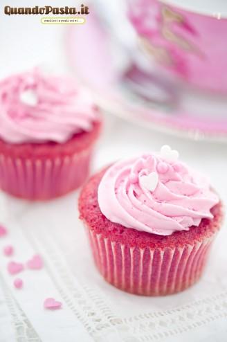 pink rosa velvet cupcake