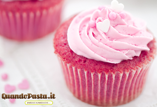Pink rosa velvet cupcake
