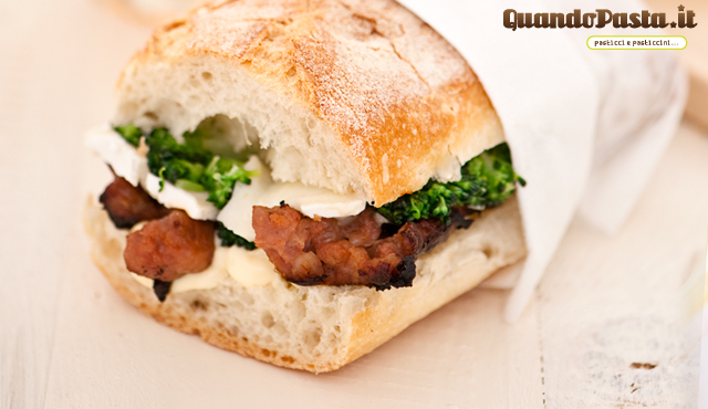 panino salsiccia broccoletti e brie