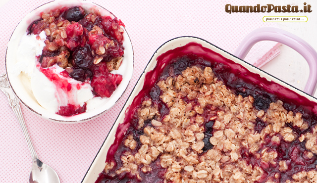 Crumble di lamponi e mirtilli
