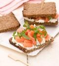 sandwich_salmone_pane_nero_420