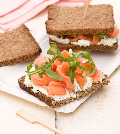 sandwich_salmone_pane_nero_420